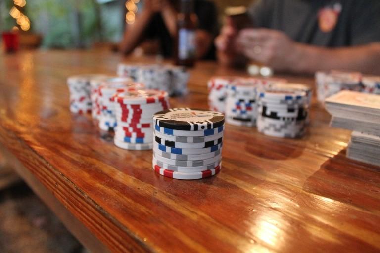 pokerstrategi satsa